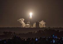 Πύραυλος προς τη Σελήνη