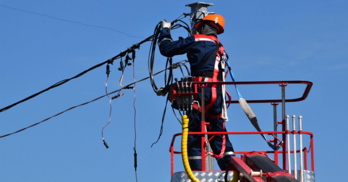 Εργασίες σε καλώδια ρεύματος